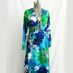 1970s Tori Richard Honolulu Hawaiian Maxi Dress